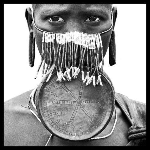 WOMAN OF THE MURSI TRIBE